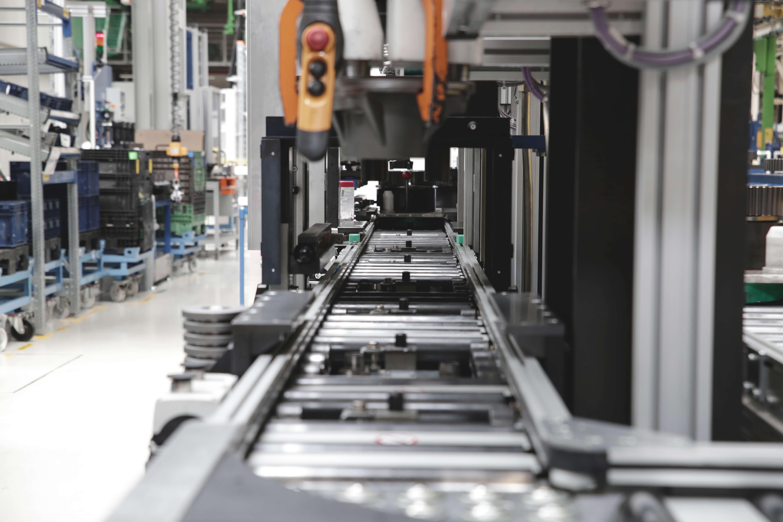 Antriebs- und Motorsteuerungen für alle Bereiche der Industrie